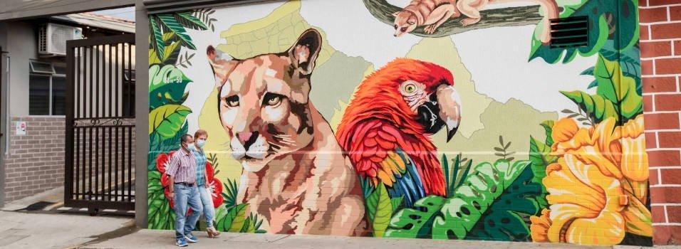 Mural de fauna silvestre en Envigado